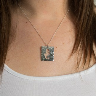Seahorse Pendant on neck – Fragment Designs