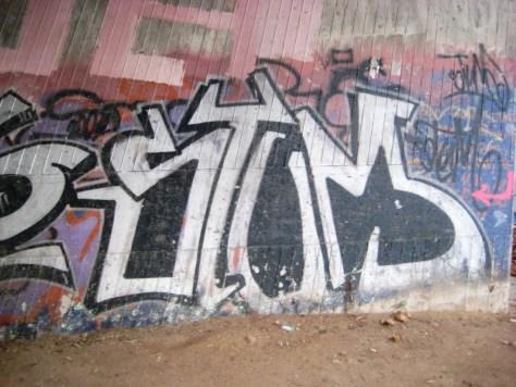 Saarbrücken_Graffiti_13.01.13_Pois, Stum (2)