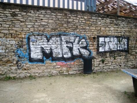 graffiti - besancon janvier 2013 MFK-Stane