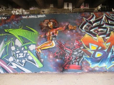 fresque-conflit galactic - LCG-IZI - graffiti - besancon (1)