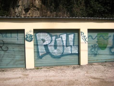mars 2013 - besancon Pull - graffiti (1)