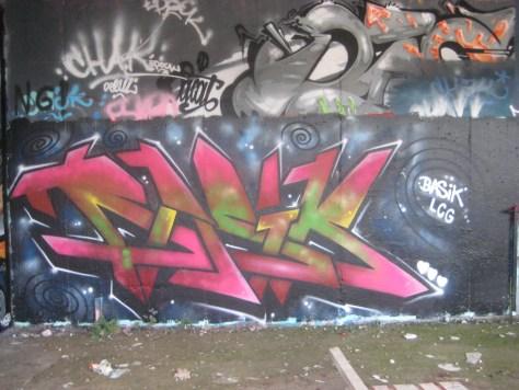 Basik - graffiti - besancon - oct 2013 (2)