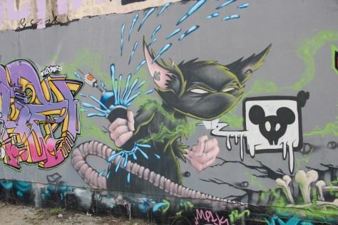graffiti Dijon - la nuit tous les rats sont gris izi (4)