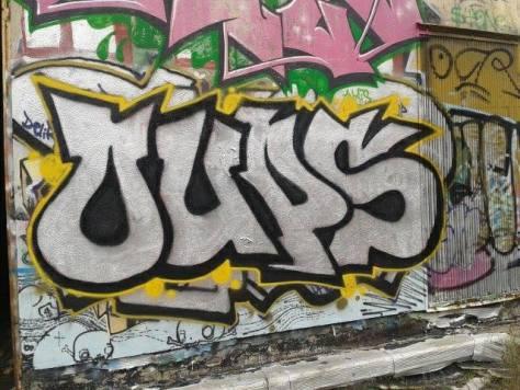 oups graffiti besancon rhodia, 2013