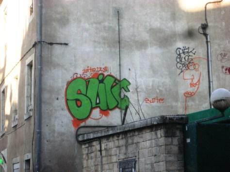 besancon, dec 2013 Suit 223 graffiti (1)