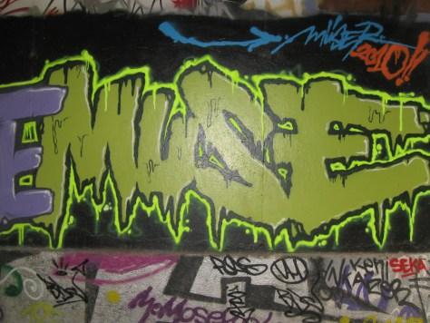 graffiti Rennes Aout 2012 Punaise, Muse (2)