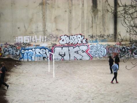 besancon-fevrier 2014 A6, THC, Oner, MKC, Chak - graffiti