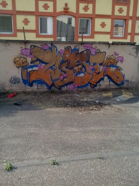 Wise - graffiti - strasbourg