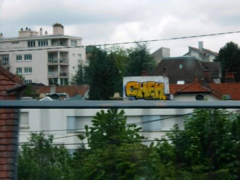 chek-graffiti-besancon-mai 2014
