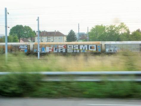 alsace_juillet2014_graffiti_Kosmo, Flash, Adios_train