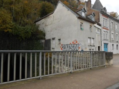 besancon_novembre 2014 -graffiti- Zouzrav