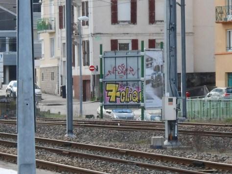 7 clique-graffiti-epinal-04.2015 (1)