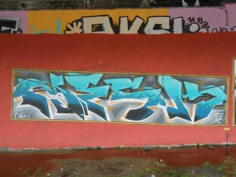 MESH - graffiti 05.2015 besancon LCG