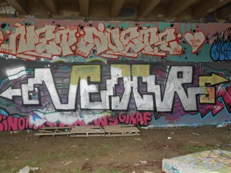 VEXOR graffiti besancon 05.2015 (2)