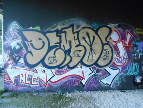 demo-graffiti-besancon-2016