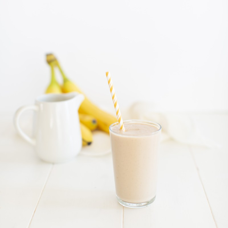 Banana Peanut Butter Date Smoothie - dairy free