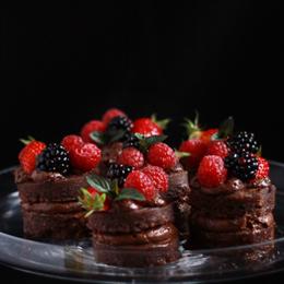 Mini-Layer-cake-mousse-au-chocolat-fruits-rouges_AP