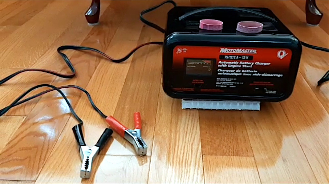 Transformer style Battery charger/ old style battery maintainer with Engine start for car batteries