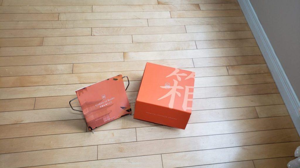 Bokksu 3_Culture guide and box