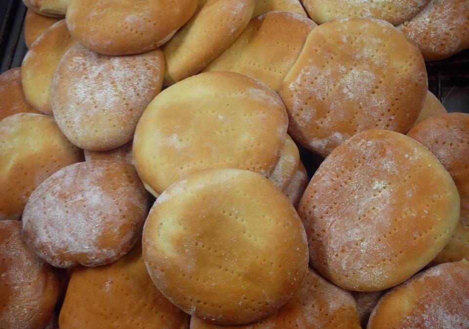 Vårt dagliga bröd…. är tekakor tydligen.