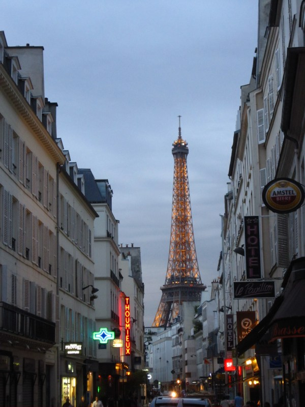 Paris Eiffel Tower with Street View