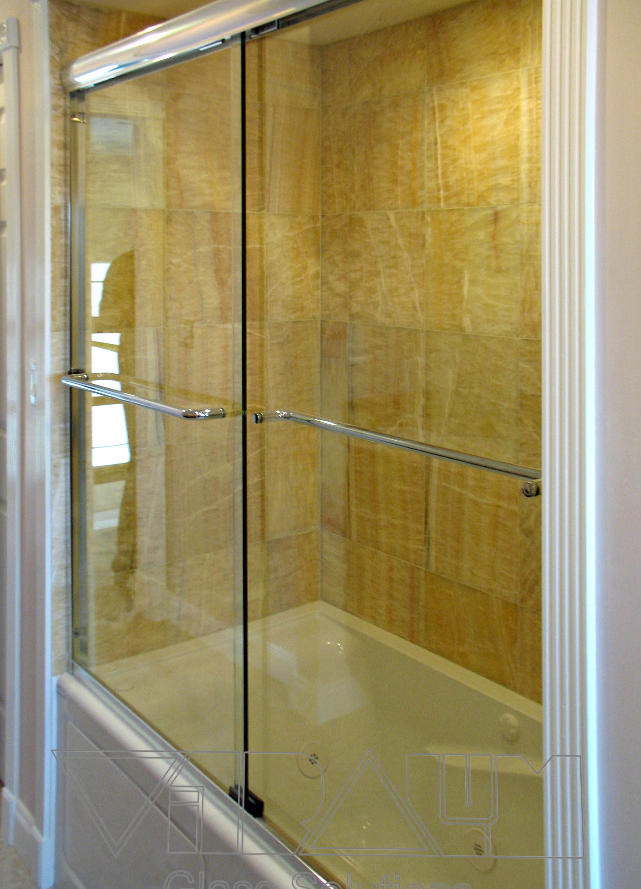 Bathtub With Door