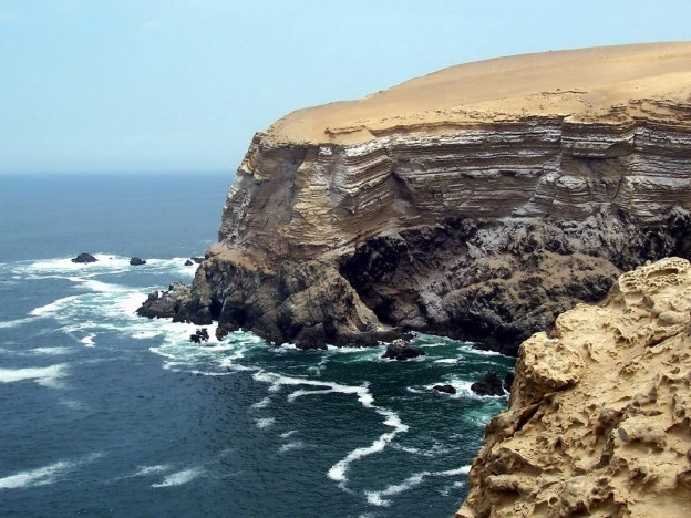 Pacific coast on the edge of Paracas National Reserve, Ica, Peru.