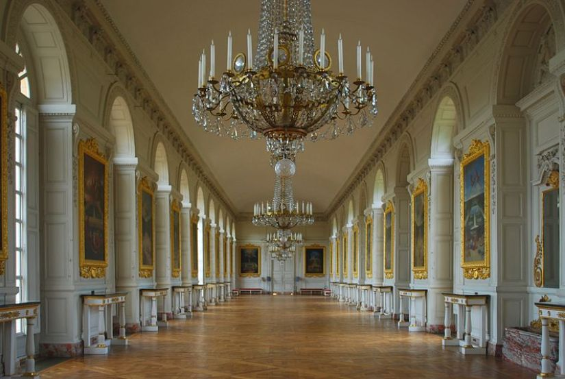 An image of the interior of The Grand Trianon at Versailles in France.