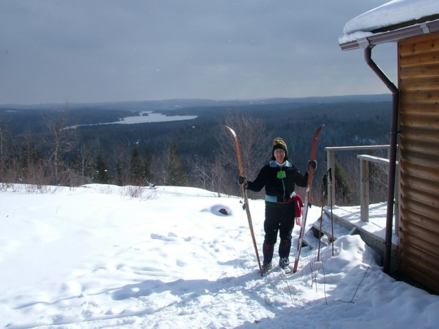 Photo of Jean with skis at Pinetree shelter - Algonquin Park