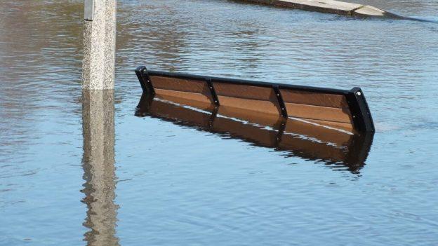 Huntsville flooding - park bench underwater - Ontario - April 21 2013