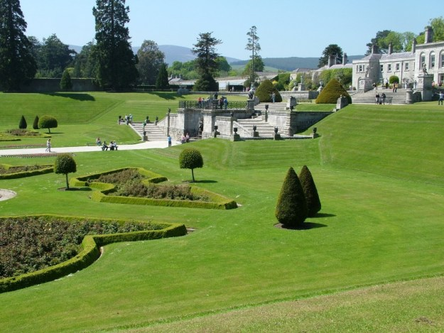 Italian garden and upper deck - Powerscourt - Wicklow - Ireland