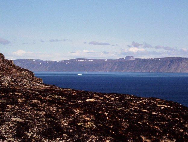 icebergs off kekerten island - nunavut - canada