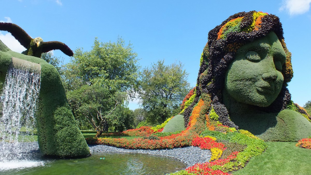 Mother Earth   Mosaiculture   Montreal Botancial Gardens