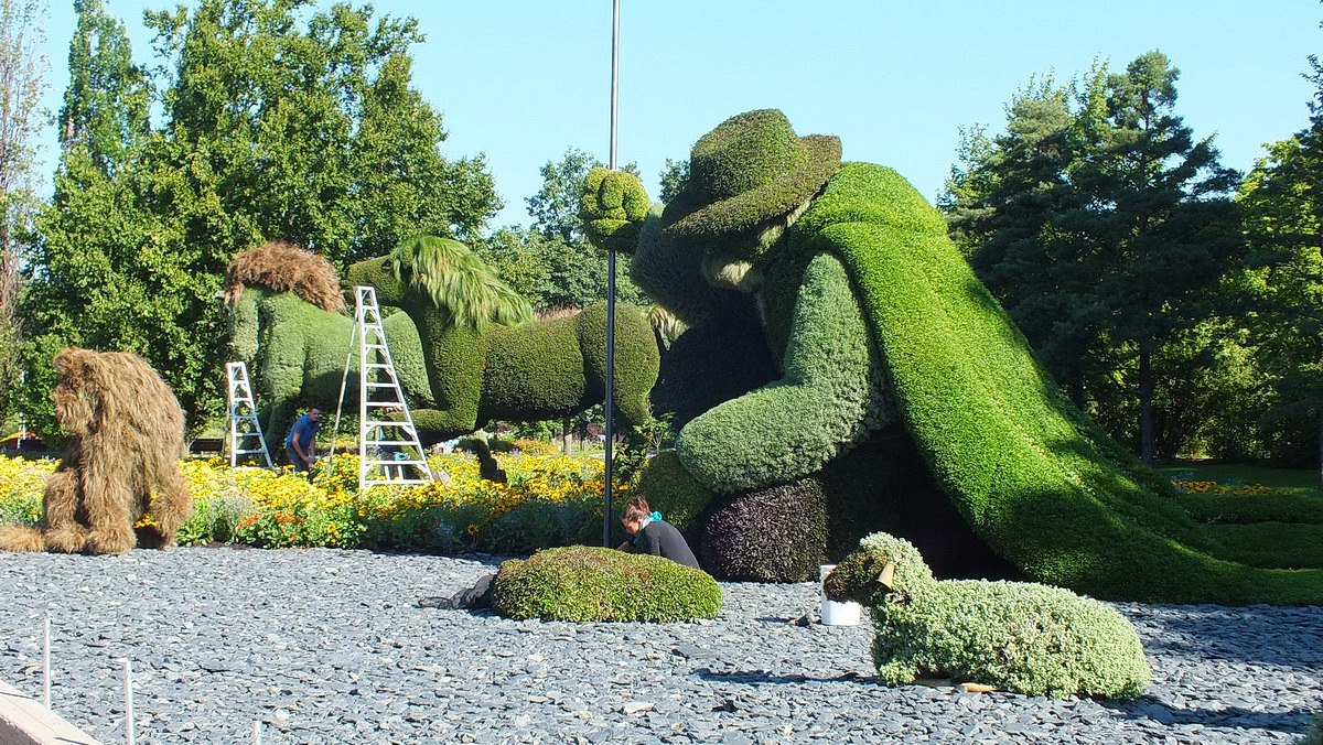 The Man Who Planted Trees Topiary At Mosaiculture 2013 At Montreal  Botancial Garden, Montreal,