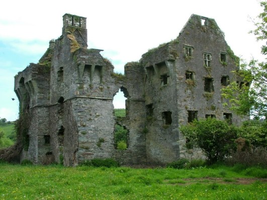 Coppinger's Court ruins in County Cork, Ireland