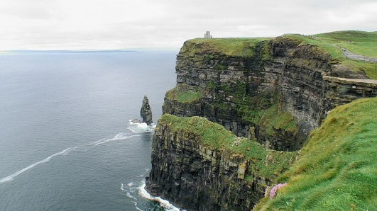 An image of the Cliffs of Moher in Ireland. Photography by Frame To Frame - Bob and Jean.