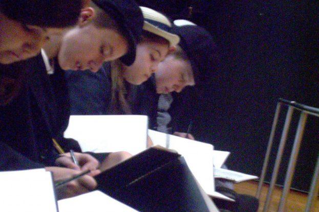 students work on sketches - rijksmuseum - amsterdam
