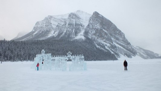 ice castle on lake louise - 2014 - 4