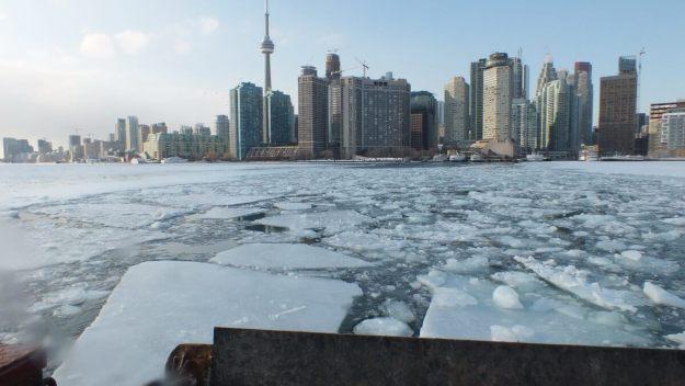 icy toronto harbour - ontario 6