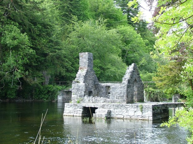 An image of the Monk's Fishing House along the Cong Canal in County Mayo, Ireland. Photography by Frame To Frame - Bob and Jean.