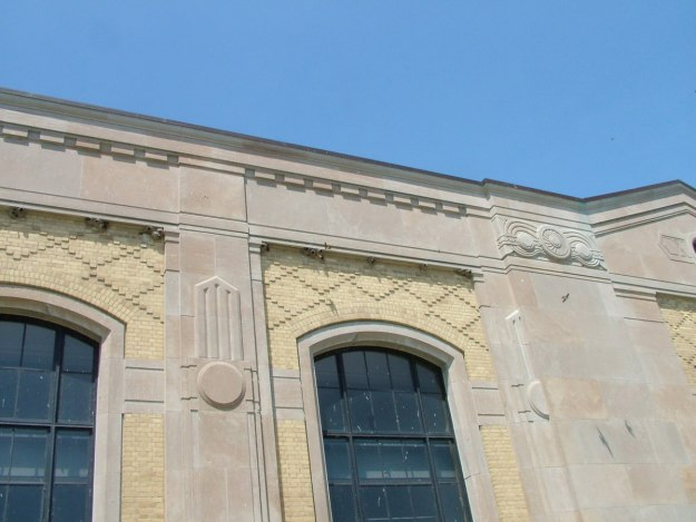 cliff swallow nests along harris water treatment plant - toronto