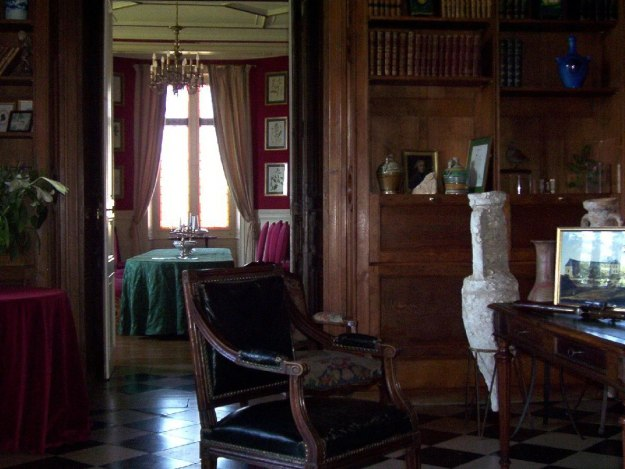 An image of the library at Chateau de la Bourdaisiere in the Loire Valley, France.