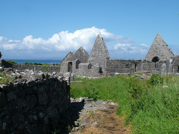 the seven churches ruins, inishmore island, ireland pic 6