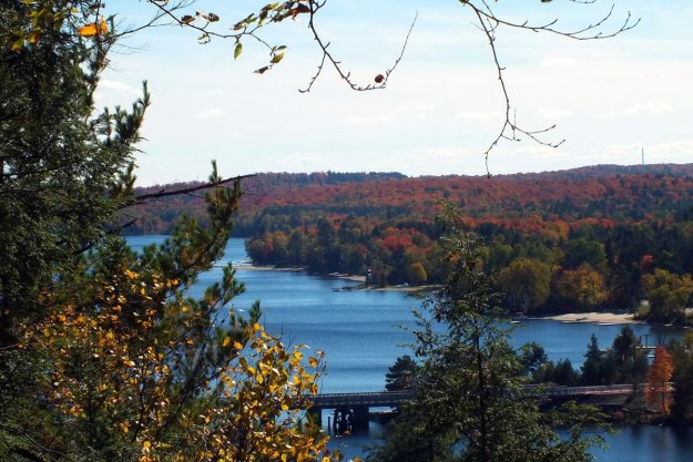 fall colors, oxtongue lake, ontario, pic 2