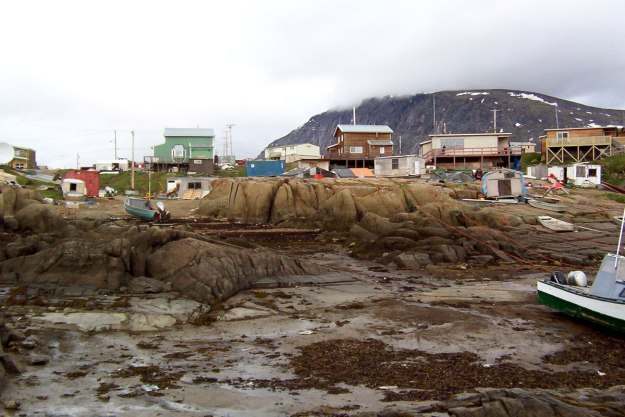 photograph of the low tide along the shoreline at Pangnirtung on Baffin Island, Nunavut, Canada.