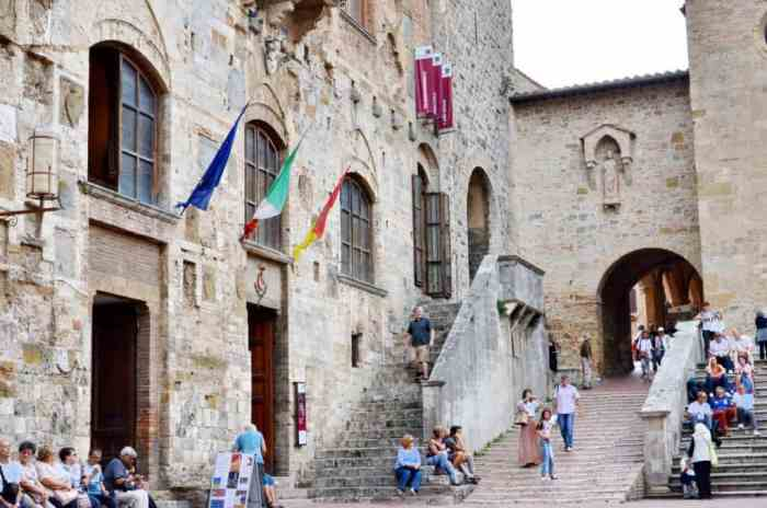 Image of Palazzo Communale, also known as Palazzo del Popolo in San Gimignano, Italy.