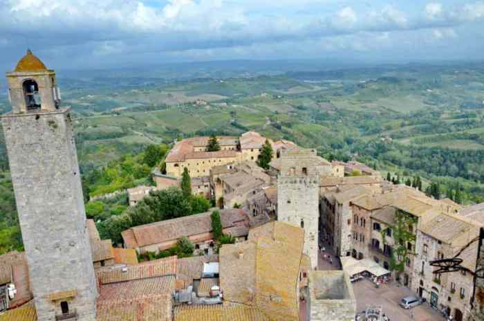 Image of Torre Rognosa the most ancient tower in San Gimignano, Italy.
