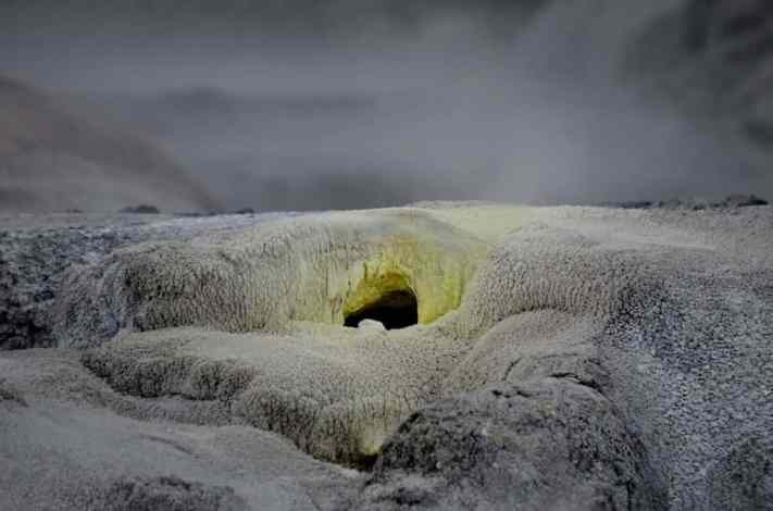 Image of vent hole at Te Puia Geothermal Preserve, Rotorua, New Zealand