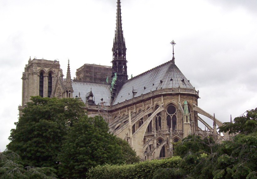 flying buttresses of notre dame cathedral, paris, france