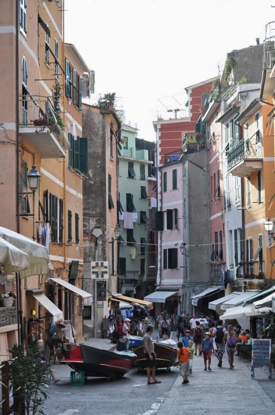 street scene, vernazza, cinque terre, italy